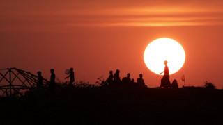 HRW: Κάποιες από τις σφαγές των Ροχίνγκια στη Μιανμάρ ήταν σχεδιασμένες από τον στρατό