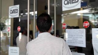 ΟΑΕΔ: Άμεσα η χορήγηση των επιδομάτων που εξήγγειλε η Αχτσιόγλου
