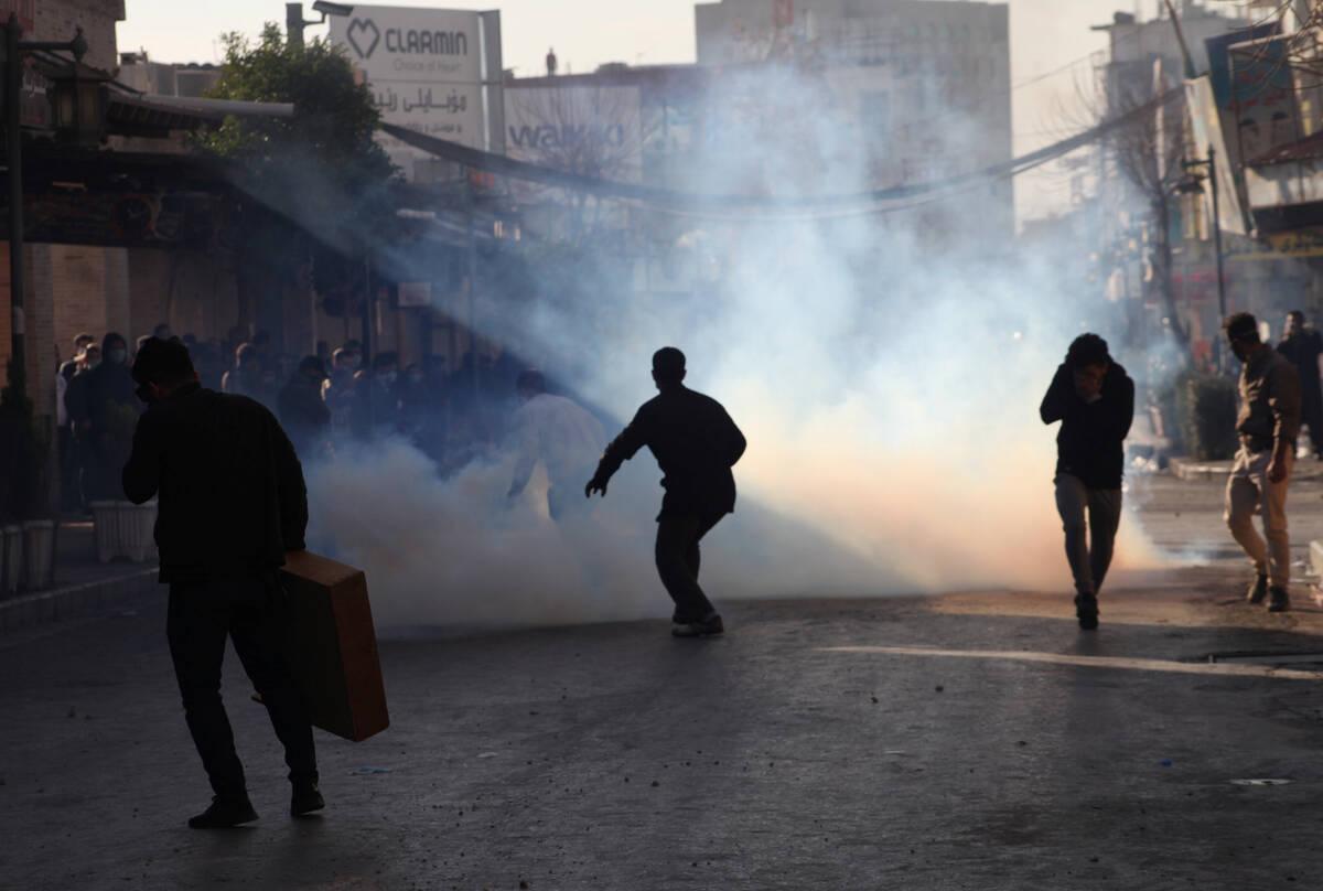 2017 12 18T171201Z 2005983699 RC1F03E14BA0 RTRMADP 3 MIDEAST CRISIS IRAQ KURDS PROTESTS