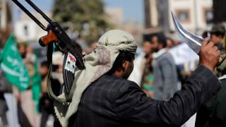 Αρνείται το Ιράν ότι παρέχει βοήθεια στους Χούτι