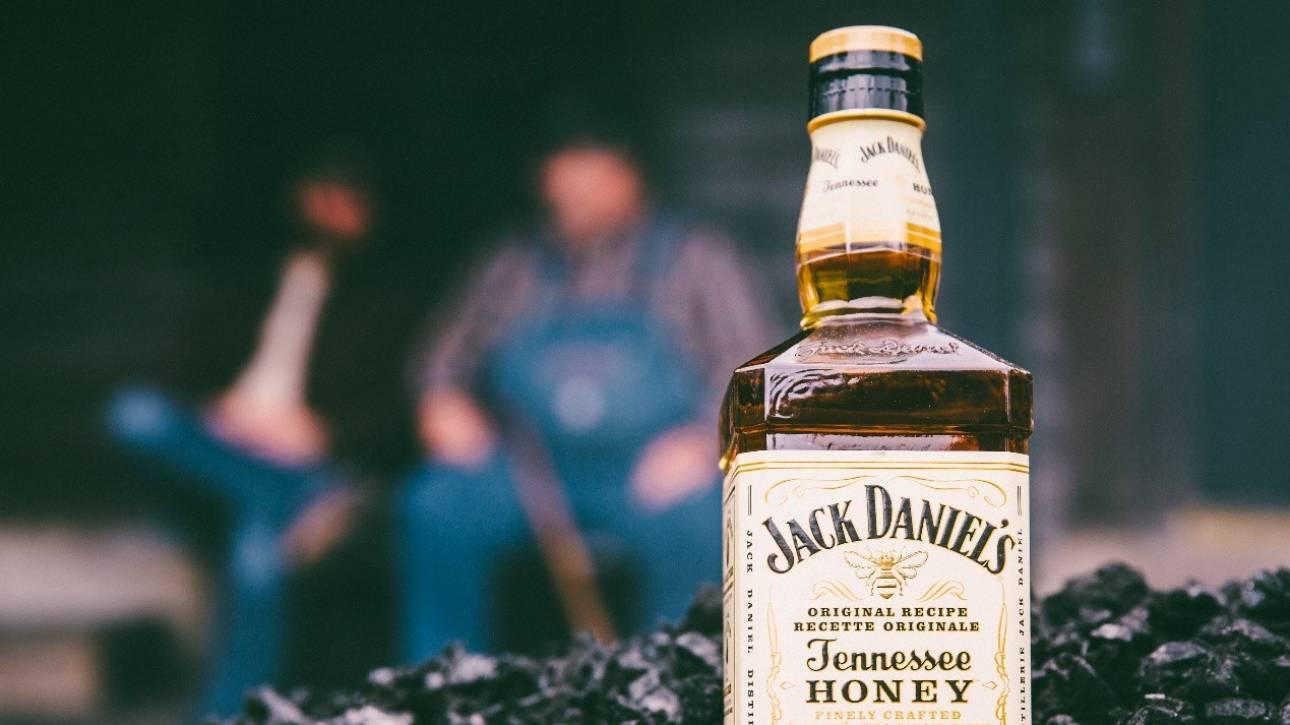 Πώς ένα ξεχωριστό ουίσκι με μέλι κατάφερε να μπει στον κόσμο των whiskey drinkers
