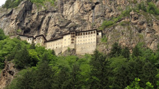 Παναγία Σουμελά: Ανακαλύφθηκε μυστικό τούνελ που οδηγεί στην «Κόλαση και τον Παράδεισο»