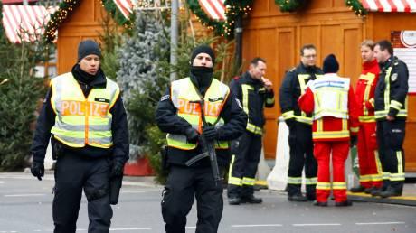 Γερμανία: Συναγερμός λόγω ύποπτου πακέτου στη Χριστουγεννιάτικη αγορά της Φρανκφούρτης