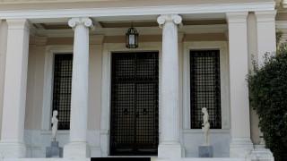 Κυβερνητική επίθεση σε Στουρνάρα για την πρόταση για προληπτικό πρόγραμμα