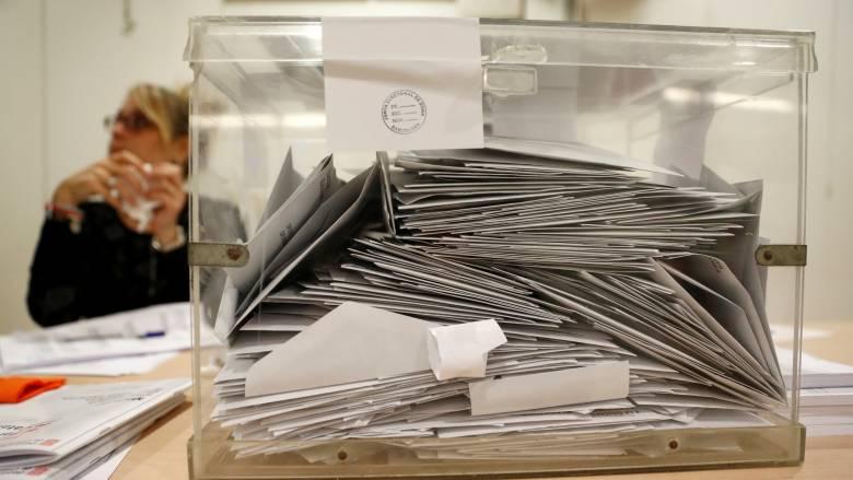 Περιφερειακές εκλογές στην Καταλονία: Τι δείχνει το πρώτο exit poll