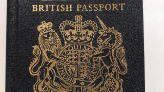 Τα βρετανικά διαβατήρια θα αλλάξουν χρώμα μετά το Brexit