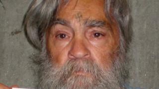 Ο Τσάρλς Μάνσον παραμένει στο νεκροτομείο λόγω… δικαστικής διαμάχης