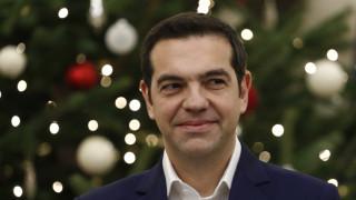 Είπαν τα κάλαντα των Χριστουγέννων στον Αλέξη Τσίπρα