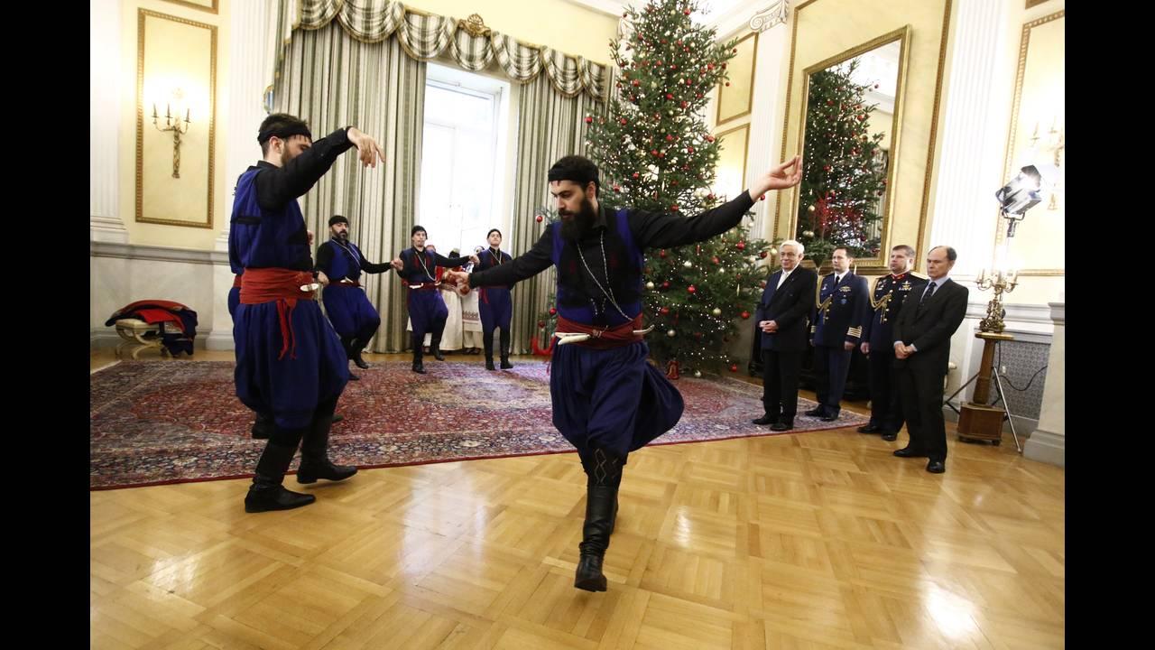https://cdn.cnngreece.gr/media/news/2017/12/23/110843/photos/snapshot/4329624.jpg
