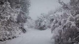 Καιρός: Συνεχίζονται και την Κυριακή οι χιονοπτώσεις