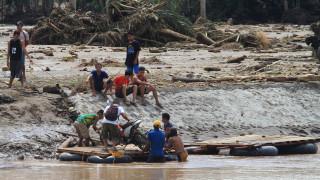 Φιλιππίνες: Αυξάνονται οι νεκροί από το πέρασμα της τροπικής καταιγίδας (pics)