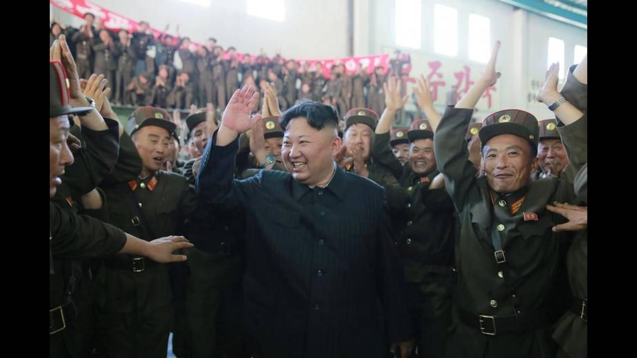 https://cdn.cnngreece.gr/media/news/2017/12/24/110901/photos/snapshot/korea9.jpg