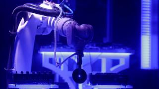 Ρομπότ σε ρόλο… DJ σε κλαμπ της Πράγας