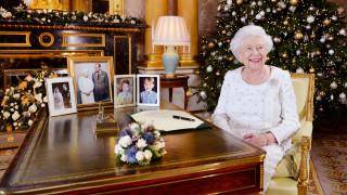 Ο εντυπωσιακός στολισμός του Μπάκιγχαμ για τα Χριστούγεννα