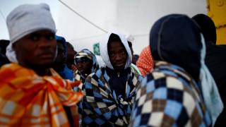 Ιταλία: Στο «συρτάρι» το νομοσχέδιο της ιθαγένειας σε μετανάστες