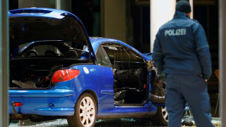 Αυτοκίνητο εισέβαλε στα γραφεία του SPD στο Βερολίνο