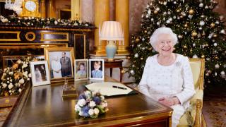 Βασίλισσα Ελισάβετ: Τιμή στα θύματα της τρομοκρατίας και το... χιούμορ του συζύγου της