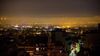 Αιθαλομίχλη «σκέπασε» Αθήνα και Θεσσαλονίκη τα Χριστούγεννα