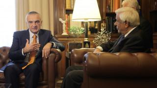 Παυλόπουλος προς Μέτα: Ευχαριστήριο τηλεφώνημα για την αλβανική ιθανένεια στον Αρχιεπίσκοπο Τιράνων