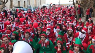 Santa Run: Πάνω από 3000 Αγιο-Βασίληδες έτρεξαν στα Χανιά για καλό σκοπό