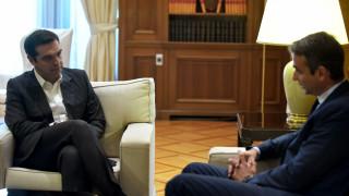 To Σκοπιανό «καυτή πατάτα» για το πολιτικό σκηνικό