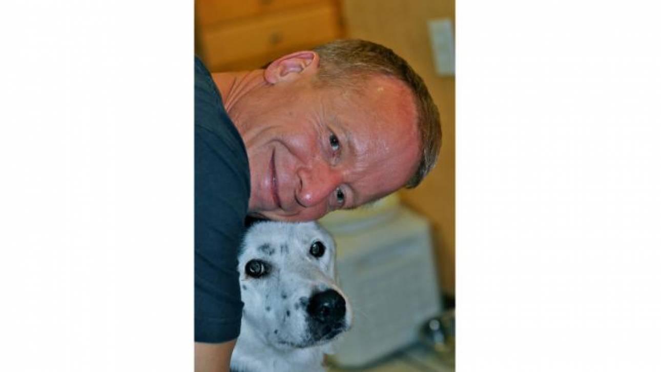 Πώς ένας υπέρβαρος-καταθλιπτικός σκύλος έσωσε τη ζωή ενός 51χρονου (pics)