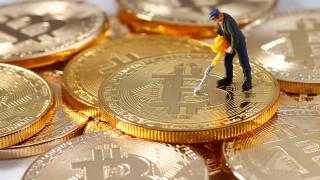 Βρετανία: Υποχωρεί το bitcoin, σε χαμηλό 4 εβδομάδων κινείται το δολάριο