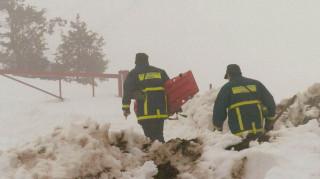 Χιονοστιβάδα παρέσυρε παρέα που έκανε snowboard στα Γρεβενά