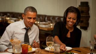 Μισέλ Ομπάμα: «αποθεώνει» το σουβλάκι σε ευχαριστήρια ανάρτηση της