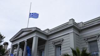 Το ελληνικό ΥΠΕΞ καταδικάζει την «ειδεχθή και ανίερη» επίθεση στο Κάιρο