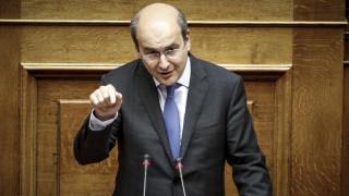 Χατζηδάκης: Το νέο μεγάλο ψέμα του Τσίπρα είναι η έξοδος από τα μνημόνια