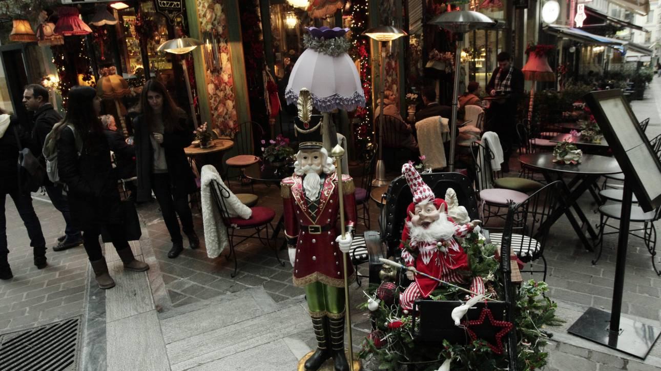 Εορταστικό ωράριο: Ανοιχτά τα εμπορικά καταστήματα σήμερα, τελευταία Κυριακή του 2017