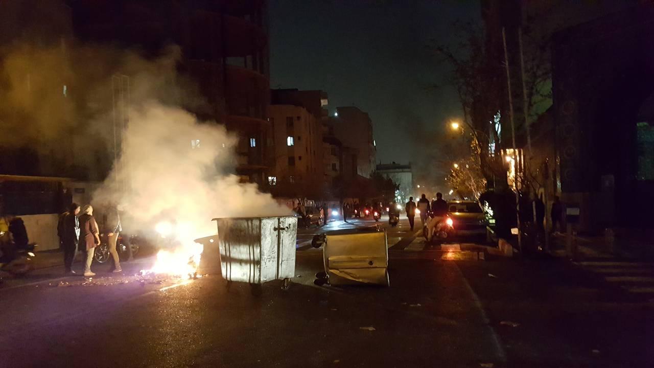 https://cdn.cnngreece.gr/media/news/2018/01/01/111847/photos/snapshot/iran4.jpg