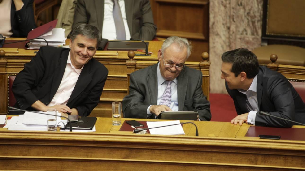 DPA: Το τέλος της κρίσης δεν ήταν ποτέ τόσο κοντά για την Ελλάδα