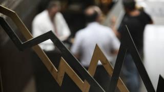 Χρηματιστήριο: Σε ελαφρώς χαμηλότερα επίπεδα έκλεισε η χρηματιστηριακή αγορά