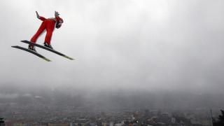 Σκιέρ «πετούν» πάνω από την Ευρώπη (pics)