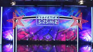 Τουρκία: Πρόστιμο σε τηλεοπτικό σταθμό για χορευτικό κοριτσιών με σορτς (pics)