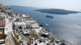Daily Telegraph: Ελλάδα και Κύπρος κορυφαίοι τουριστικοί προορισμοί το 2018