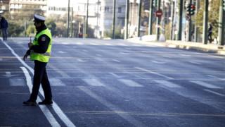 Κόρινθος:Μεθυσμένος οδηγός προκάλεσε ζημιές σε έξι αυτοκίνητα (pics+vid)