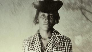 Ρέισι Τέιλορ: ο ομαδικός βιασμός της ηρωίδας της Όπρα Γουίνφρεϊ στις Χρυσές Σφαίρες
