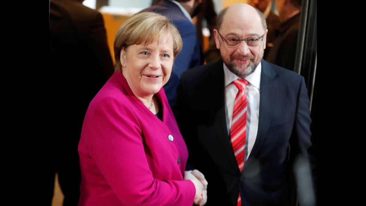 https://cdn.cnngreece.gr/media/news/2018/01/08/112637/photos/snapshot/2018-01-07T090512Z_1400395624_RC1AEA08B2D0_RTRMADP_3_GERMANY-POLITICS.JPG