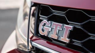Αυτοκίνητο: Δείτε όλες τις γενιές του θρυλικού VW Golf GTI που δημιούργησε την ομώνυμη κατηγορία