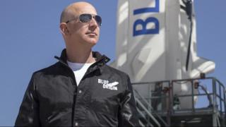 Tζεφ Μπέζος: ο Mr Amazon εκθρονίζει τον Μπιλ Γκέιτς με $105,1 δισεκατομμύρια