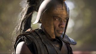 Δίας, Αχιλλέας & Πάτροκλος: οι μαύροι αρχαίοι Έλληνες του BBC διχάζουν το Twitter