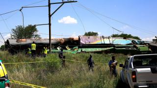 Πάνω από 200 τραυματίες σε σύγκρουση τρένων στο Γιοχάνεσμπουργκ