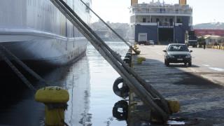 Δεμένα τα πλοία στα λιμάνια Κέρκυρας και Ηγουμενίτσας την Κυριακή
