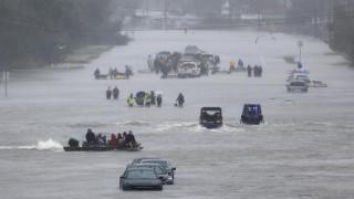 Οι φυσικές καταστροφές μπορούν να κόψουν το ηλεκτρικό ρεύμα για μήνες στις πληγείσες περιοχές