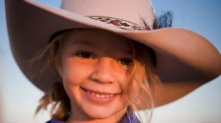«Ελάτε στην κηδεία να δείτε την απόγνωση»: αυτοκτονία 14χρονης μοντέλου μετά από bullying σοκάρει