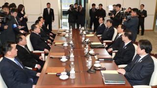Σεούλ και Πιονγιάνγκ σε τροχιά συμφιλίωσης: Τι συμφώνησαν στις πρώτες συνομιλίες μετά από 2 χρόνια
