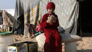 Συρία: Σχεδόν 100.000 οι εκτοπισμένοι σε ένα μήνα εχθροπραξιών κοντά στην Ιντλίμπ